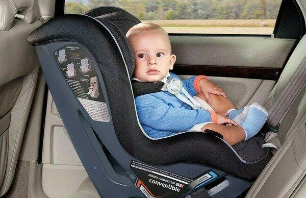 С какого возраста в 2020 году можно везти ребенка без кресла