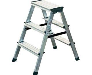 Лестница для натягивания потолка