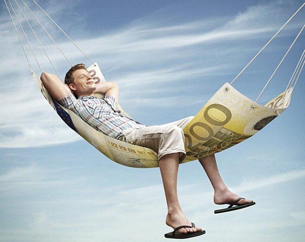 Отдыхающий на деньгах