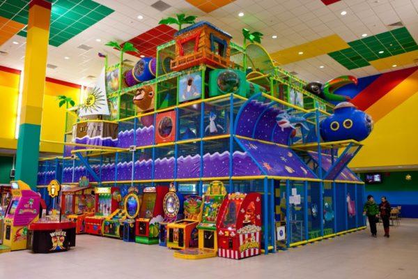 Большая игровая комната